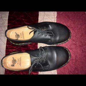 Dr. Martens 1481 3-eye shoe